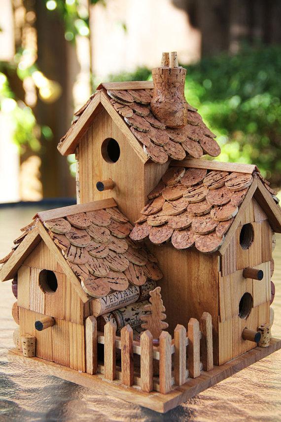 Casitas de madera pajaros maderas garc a varona for Casitas madera decoracion