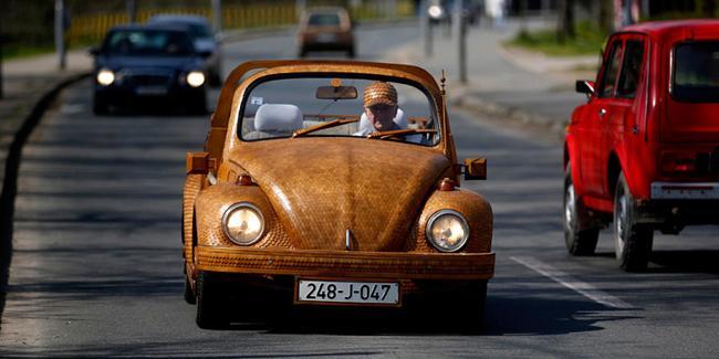 Volkswagen-Beetle-madera-01