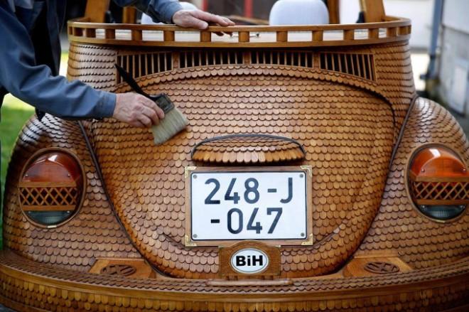 Volkswagen-Beetle-madera-02-680x453