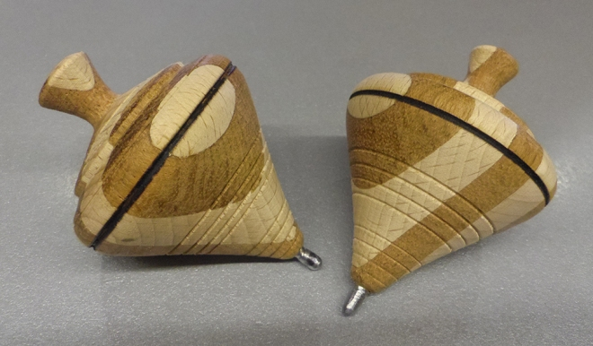 Peonza-de-madera-2