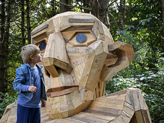 Thomas Dambo - The Six forgotten giants - Thomas on the mountain